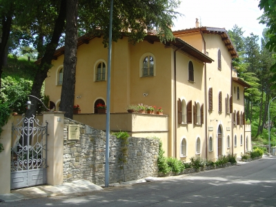 Charme hotels in Umbria con corsi di massaggi.