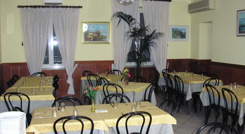 hotel con sala ristorante a Minturno