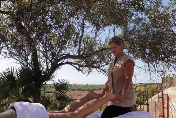 Massaggio corpo agriturismo Trapani