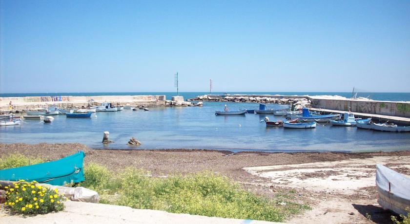Hotel posizione panoramica Mola di Bari