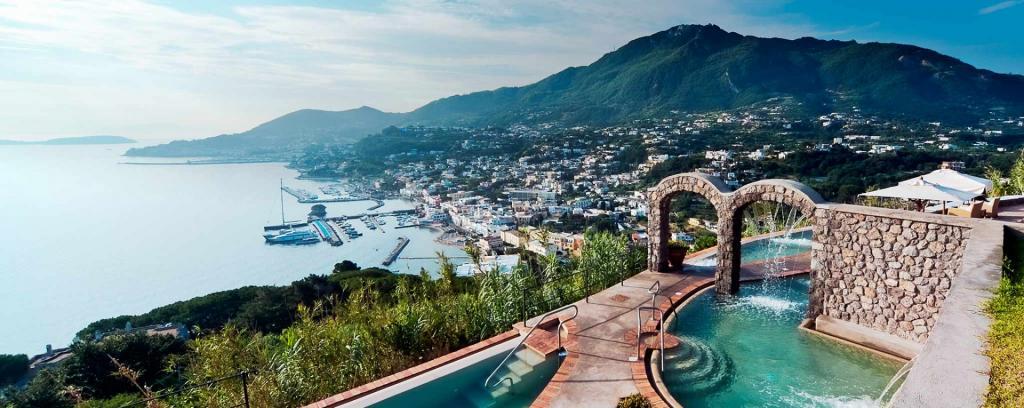 Offerta Capodanno a Ischia con-arrivo-in-autobus-da tutta-Italia