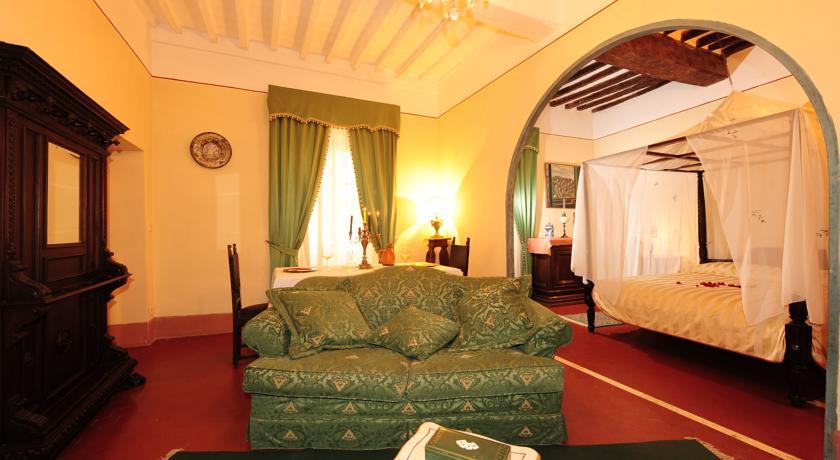 Suite Alfeo palazzo storico Castiglione del Lago
