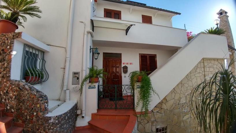 Esterno casa vacanze appartamento Barano d'Ischia