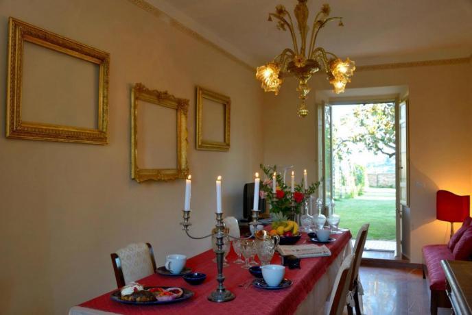 Soggiorno con prima colazione villa lusso Perugia