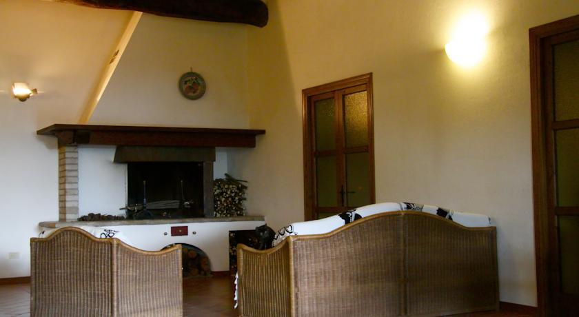 Appartamento in Umbria con Camino vicino Spello