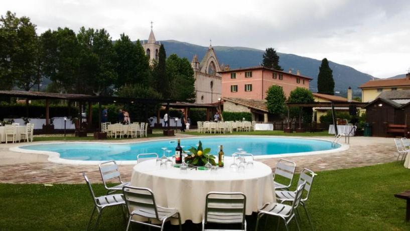 Ristorante per Cerimonie a Bordo Piscina - Assisi