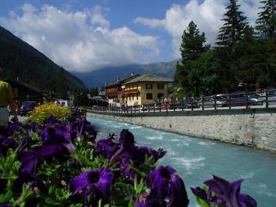 Inexpensive italian holidays in Champoluc al year