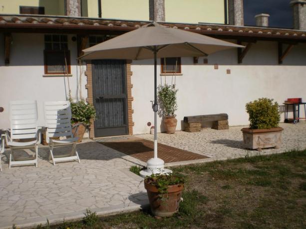 Casa vacanze con appartamenti e giardino Vasanello
