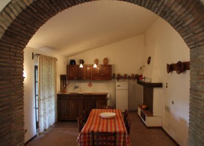 Appartamento Moraiolo sala da pranzo e cucina