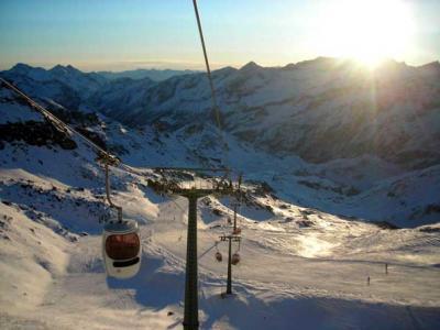Modern and fast skilifts, no more waiting!