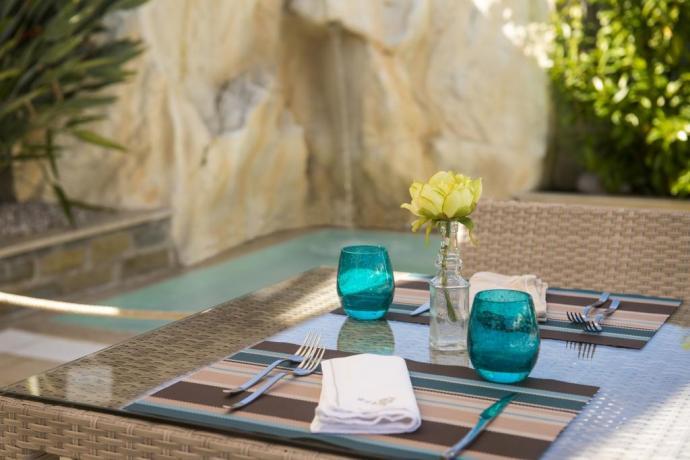 pranzo bordo piscina hotel Cilento Ascea mare