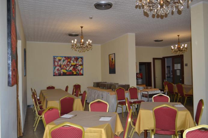 Hotel in Pensione Completa vicino Spiaggia Rimini