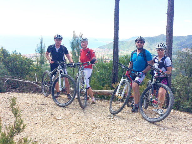 Gite in mountain bike a Loano