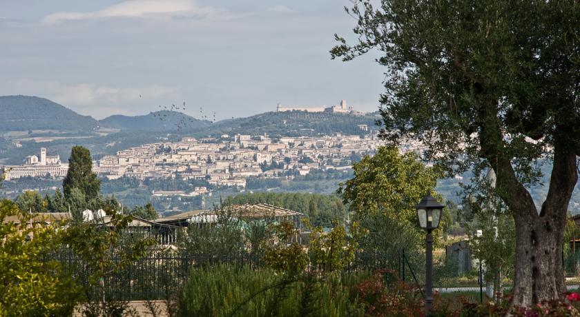 agriturismo vicino Assisi con appartamenti