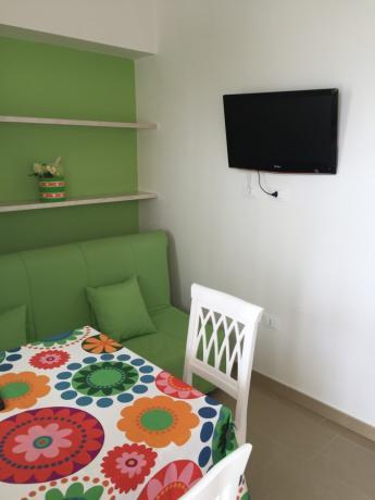 zona pranzo e soggiorno appartamento in Salento