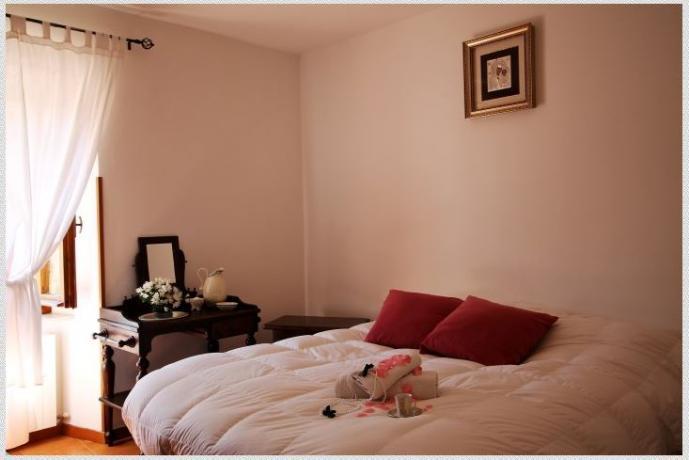 camera da letto in B&B in Valnerina