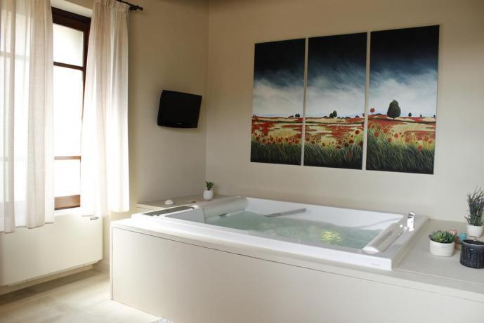 Suite con vasca idromassaggio 2posti Perugia