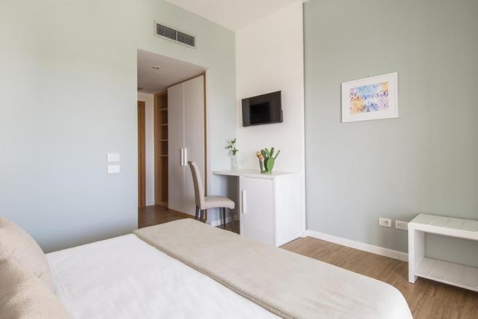 Camera matrimoniale hotel con aria condizionata Manfredonia