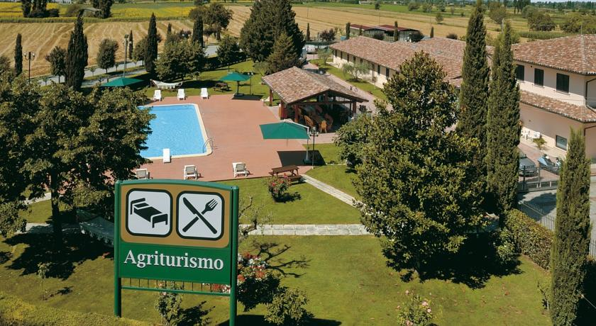 Agriturismo ad Assisi con piscina