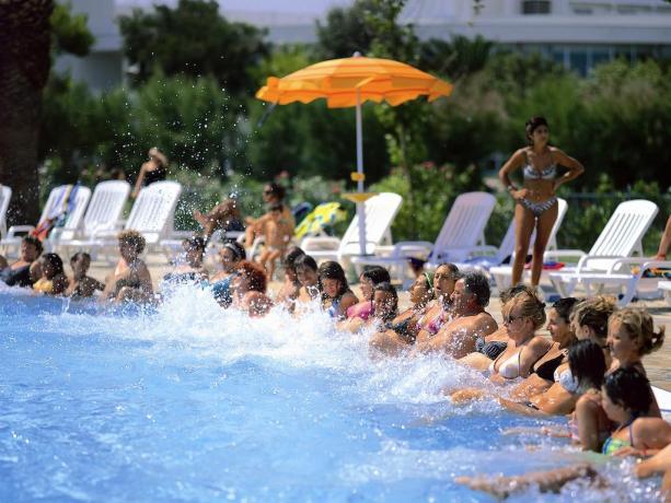 Puglia: Villaggio con Animazione and Fitness