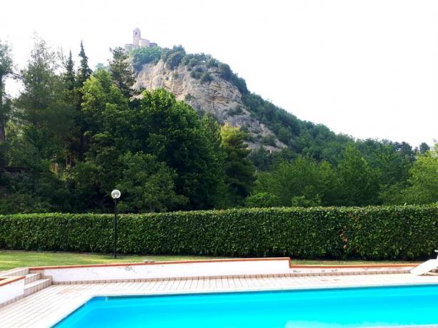 Vicino alla Montagna e al Mare Villa-Vacanze Marche