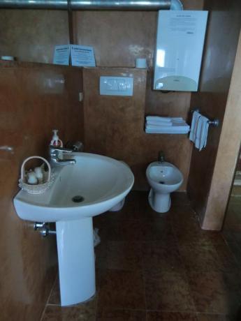 Bagno appartamento relais Calenzano