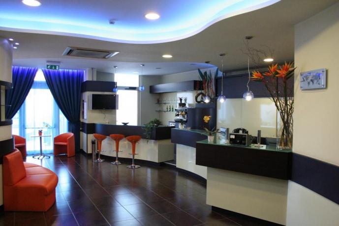Hotel*** con bar per ospiti in Puglia