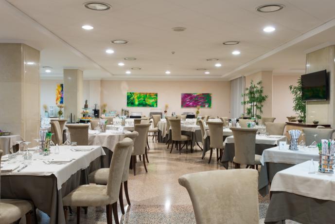 Camere in Calabria, hotel ristorante 4 stelle