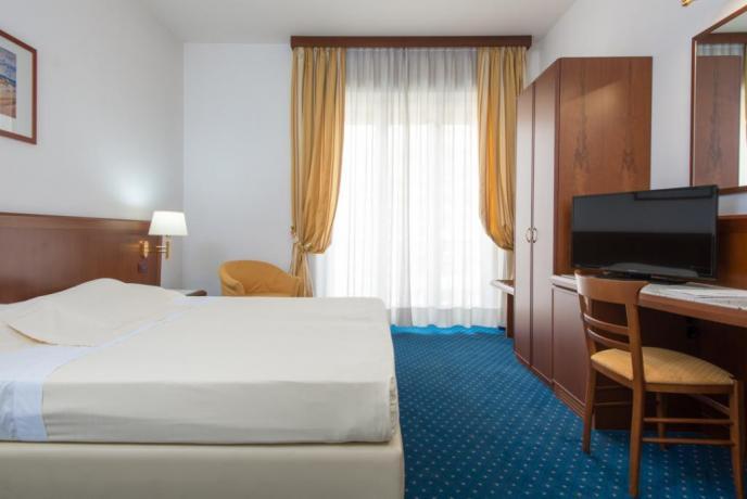 Hotel Rende con camere matrimoniali, Tv, Sky, Wifi