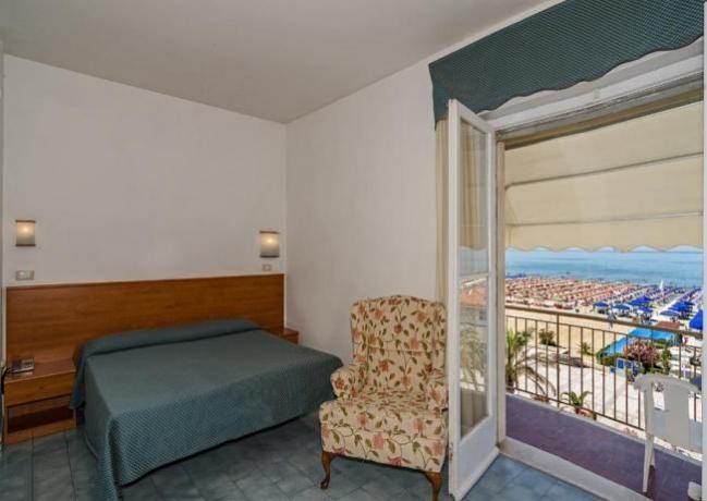 Hotel Camere con Balcone e TV in Versilia