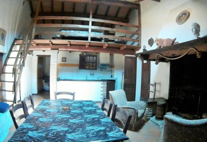Villa Umbria con camera matrimoniale ed soppalco