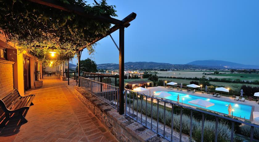 Relais e Ristorante romantico Assisi e Perugia