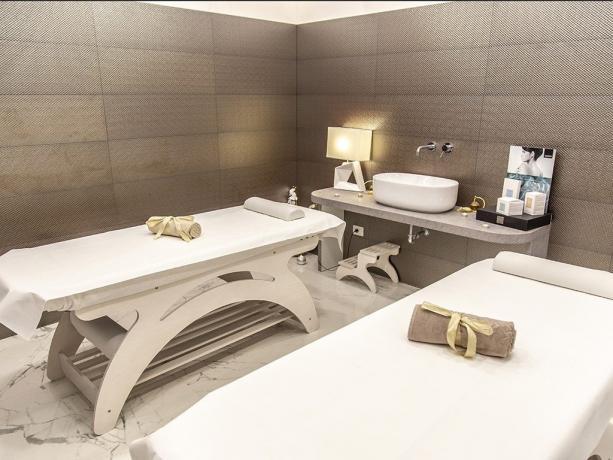 Centro benessere SPA con massaggi hotel 4stelle Battipaglia