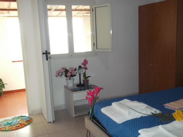 Camera Matrimoniale in Appartamento Vacanza Palinuro
