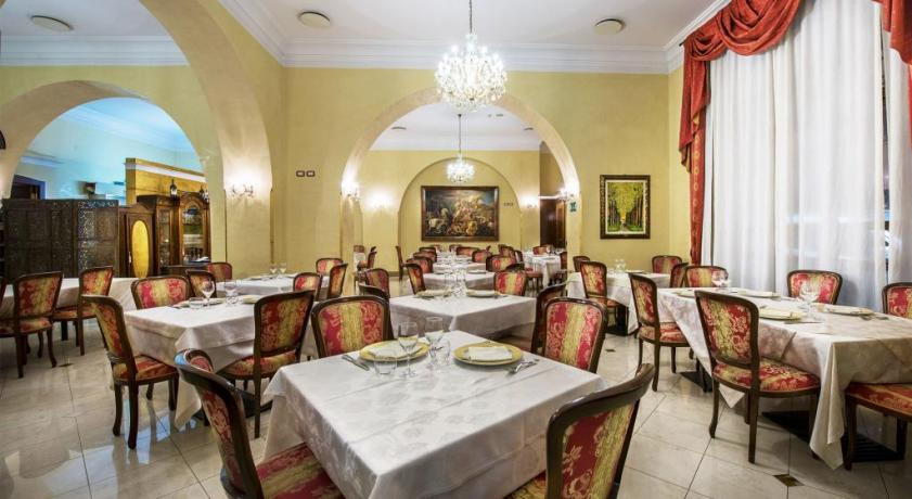 Sala Ristorante in Hotel 4 stelle ad Alcamo