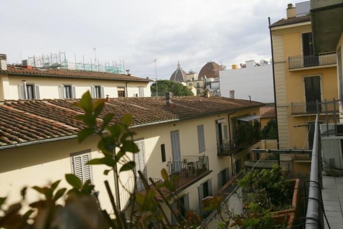Camere vista Duomo e  Cupola S.Lorenzo Firenze