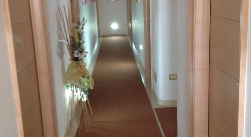 Camere Moderne Spaziose Luminose a Carovigno