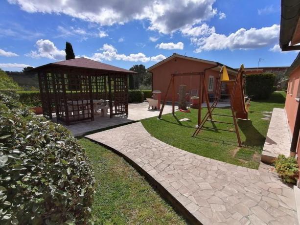 Agriturismo con parco giochi bambini Manciano-Grosseto