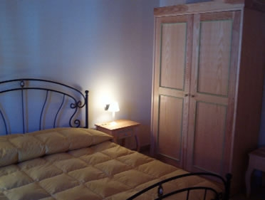 Camere con bagno privato vacanza low cost in umbria for Camere amsterdam low cost