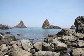 Riserva delle Isole Ciclopi 17 km