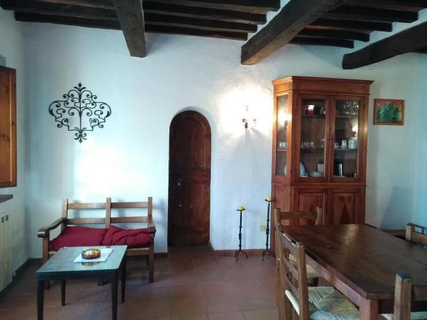 Casale rustico con soggiorno Castiglione del Lago