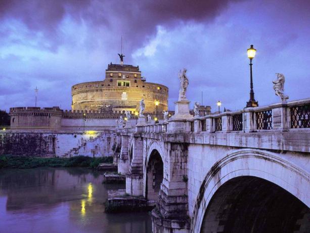 Vista di Castel Sant'Angelo a Roma