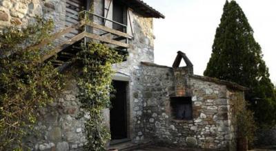 Casale in pietra con camere