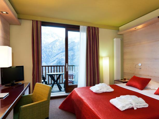 Camera matrimoniale con balcone - Hotel Sansicario Bluserena