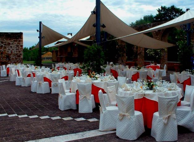 Matrimonio all'aperto in Agriturismo vicino Roma-Viterbo