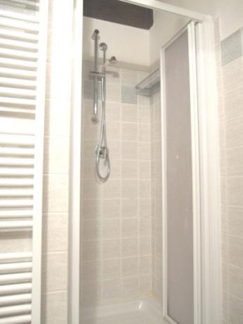 Appartamento 3 bagno con doccia