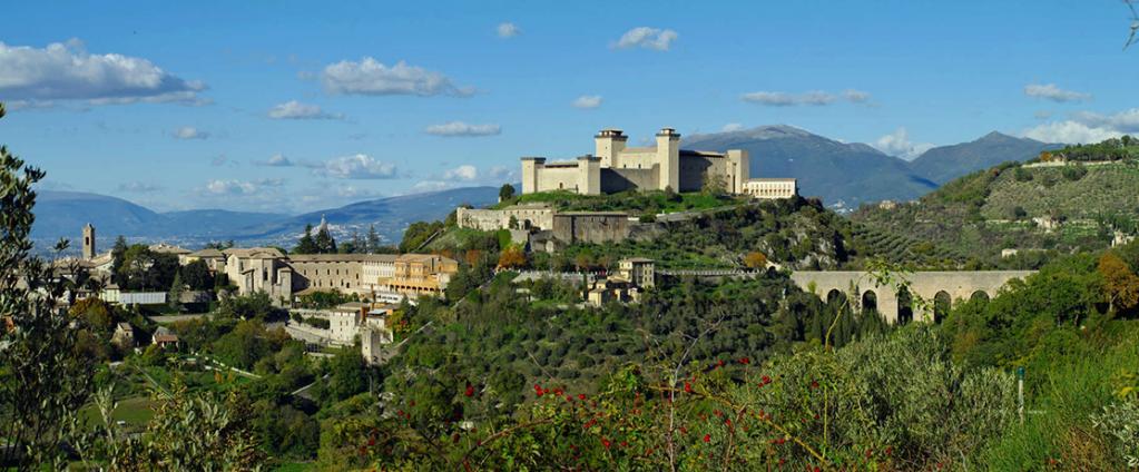 Castello con Suite e BioRistorante vicino Spoleto