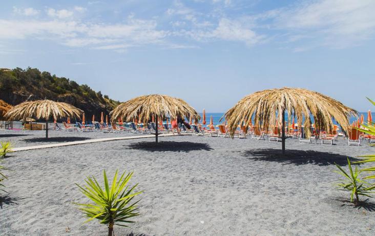 Villaggio con Piscina,Ristorante,Navetta e Spiaggia Privata