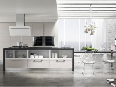 Cucina angolare con penisola in legno massello paesana cucine componibili classiche e moderne - Cappe da cucina classiche ...