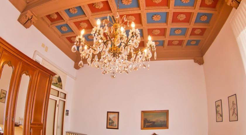 Lo stile raffinato e classico delle camere